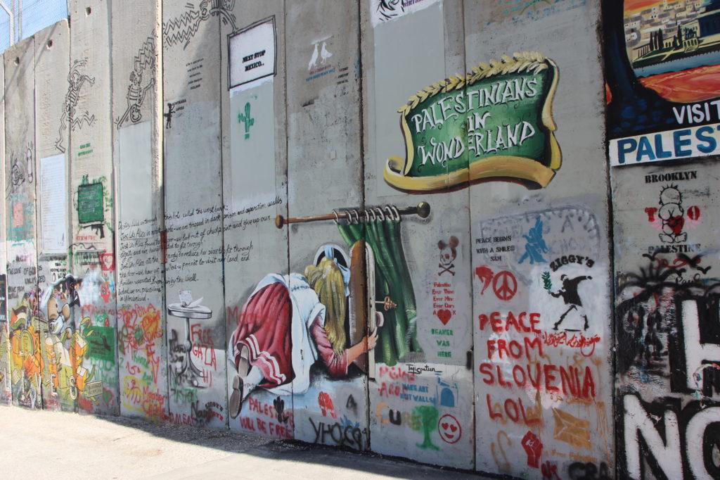 Die Mauer als Projektionsfläche